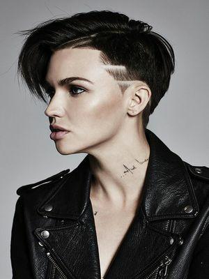 coiffure cheveux court 2020 les plus jolis 58 modèles de