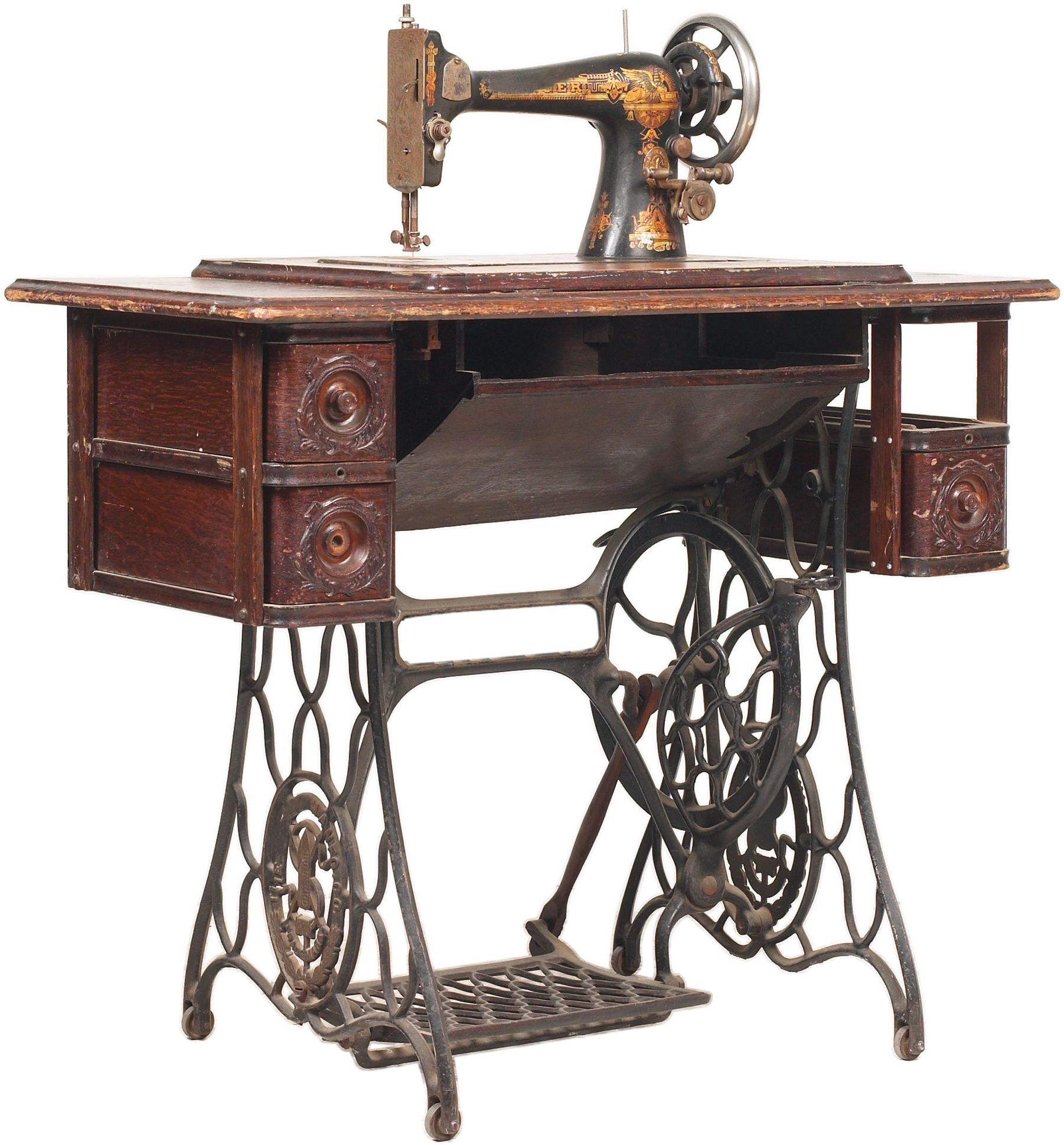 How To Restore The Wooden Desk Of A Vintage Singer Sewing Machine Singer Sewing Machine Antique Sewing Machines Sewing Machine Repair