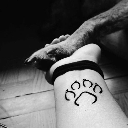 cute paw tattoo idea ink youqueen girly tattoos referencje pinterest tattoo ideen. Black Bedroom Furniture Sets. Home Design Ideas