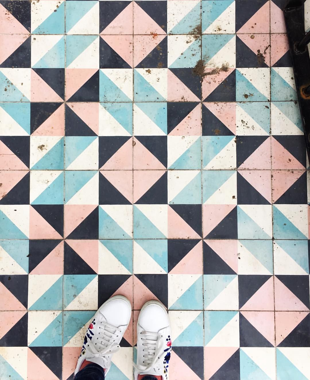 """466 Likes, 15 Comments - ☆ Xanthe - Film & Photography (@xantheb) on Instagram: """"The BEST tiles I've seen in ages... spotted on the way to Broadway Market for some delicious food.…"""""""