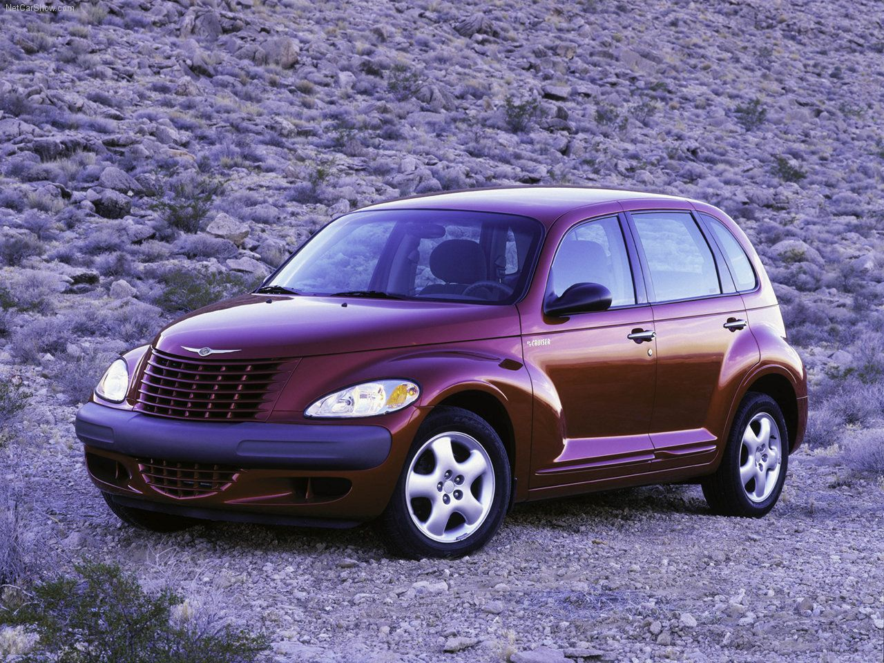 Chrysler PT Cruiser - looks like mine (except a little cleaner and newer - - but I won mine in 2003 so who's complaining!!)