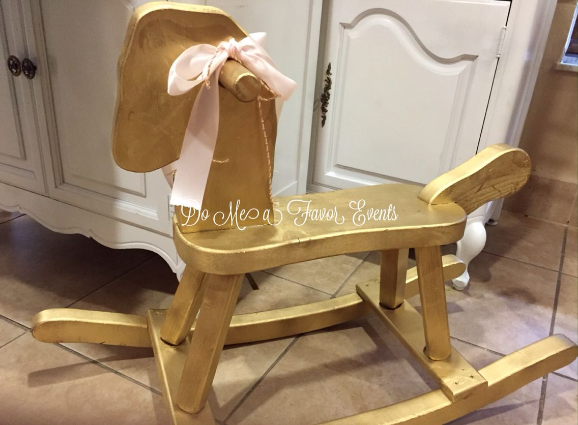 Baby shower rocking chair - Gold Baby Showers