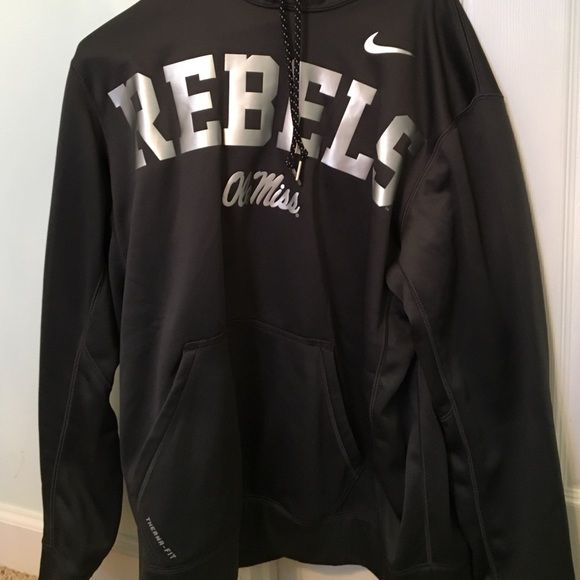 Ole Miss Swearshirt It is in great condition. Jackets & Coats