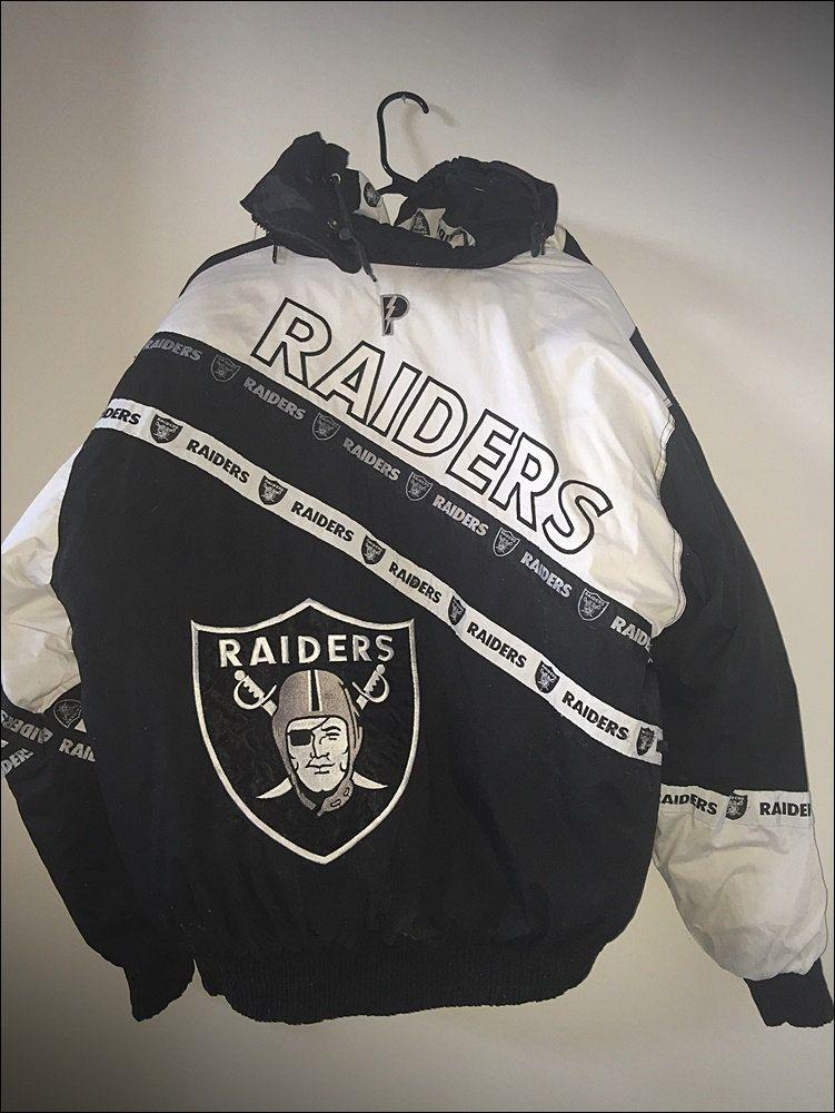 40074dfff Vintage 90 s LA Los Angeles Oakland Raiders Pro Player Winter Jacket Coat -  Size XL by RackRaidersVtg on Etsy