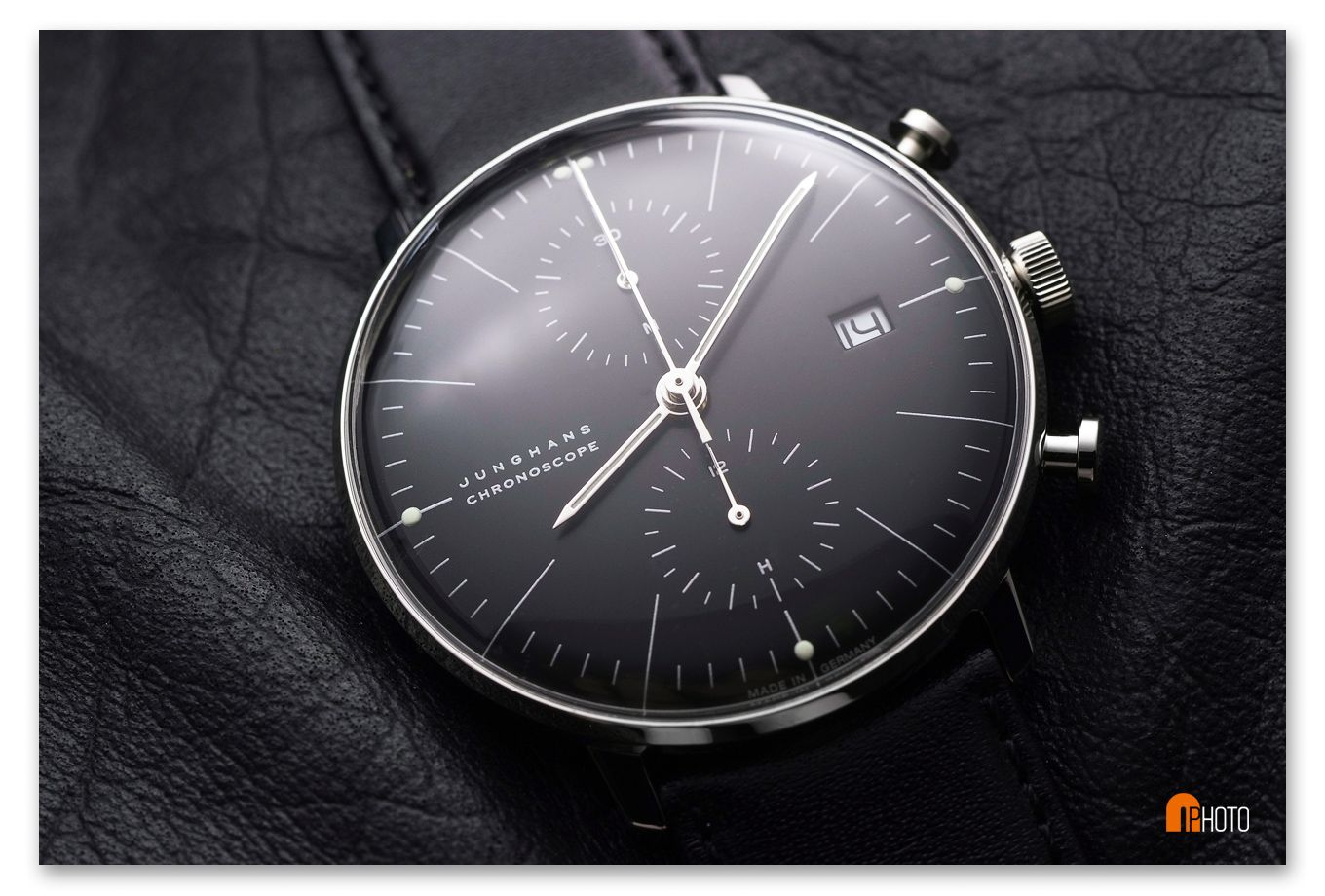 junghans max bill chronoscope black watches pinterest max bill. Black Bedroom Furniture Sets. Home Design Ideas