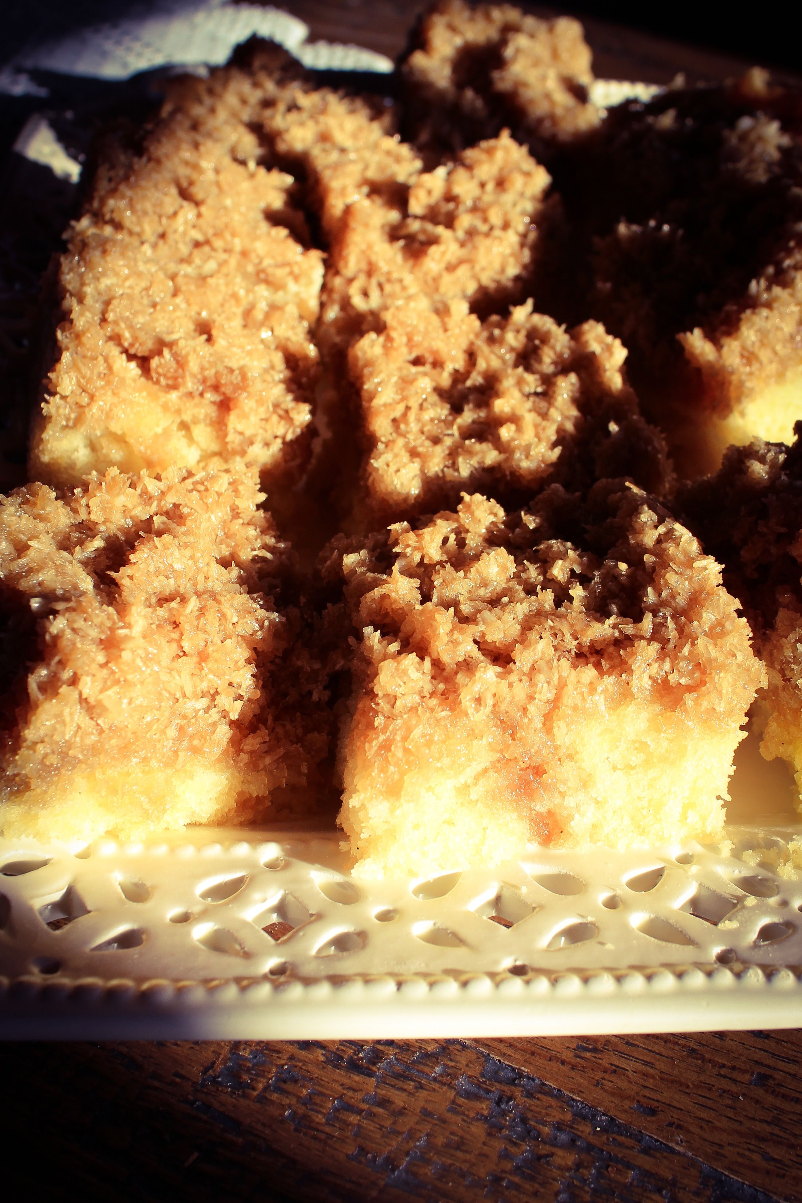 "Dänischer Drommekage (saftiger Kaffee-Kokos-""Traumkuchen"") -Lecker Bakery"