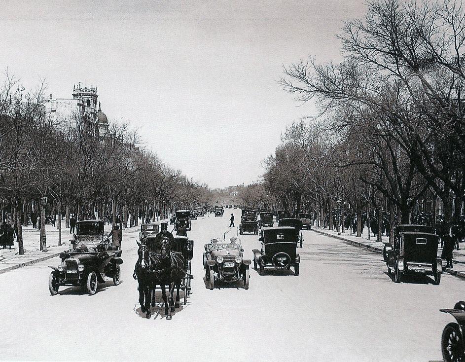 El Paseo De Recoletos Es La Alameda Más Antigua De Madrid