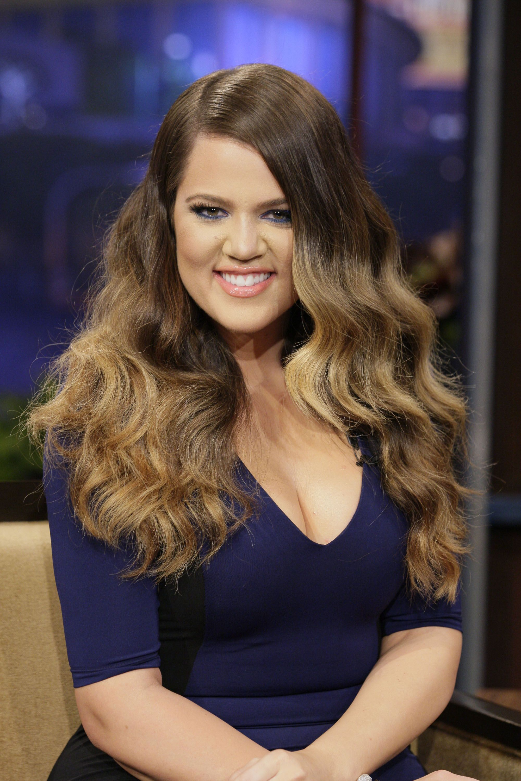 Wavy Hairstyles Glamorous Khloe On Leno Last Night Wearing Kardashian Kollection Color Block