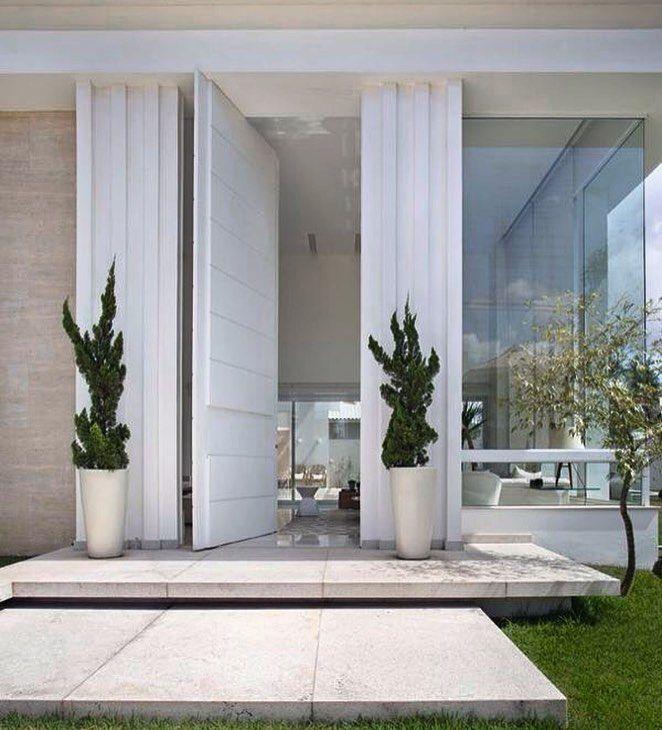 Pin de virtual fashion en home ideas pinterest for Escaleras entrada casa