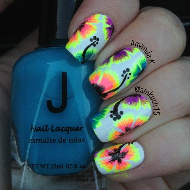 Dope Nails...I love ah lady with pretty nails! FREE NAIL ART ...