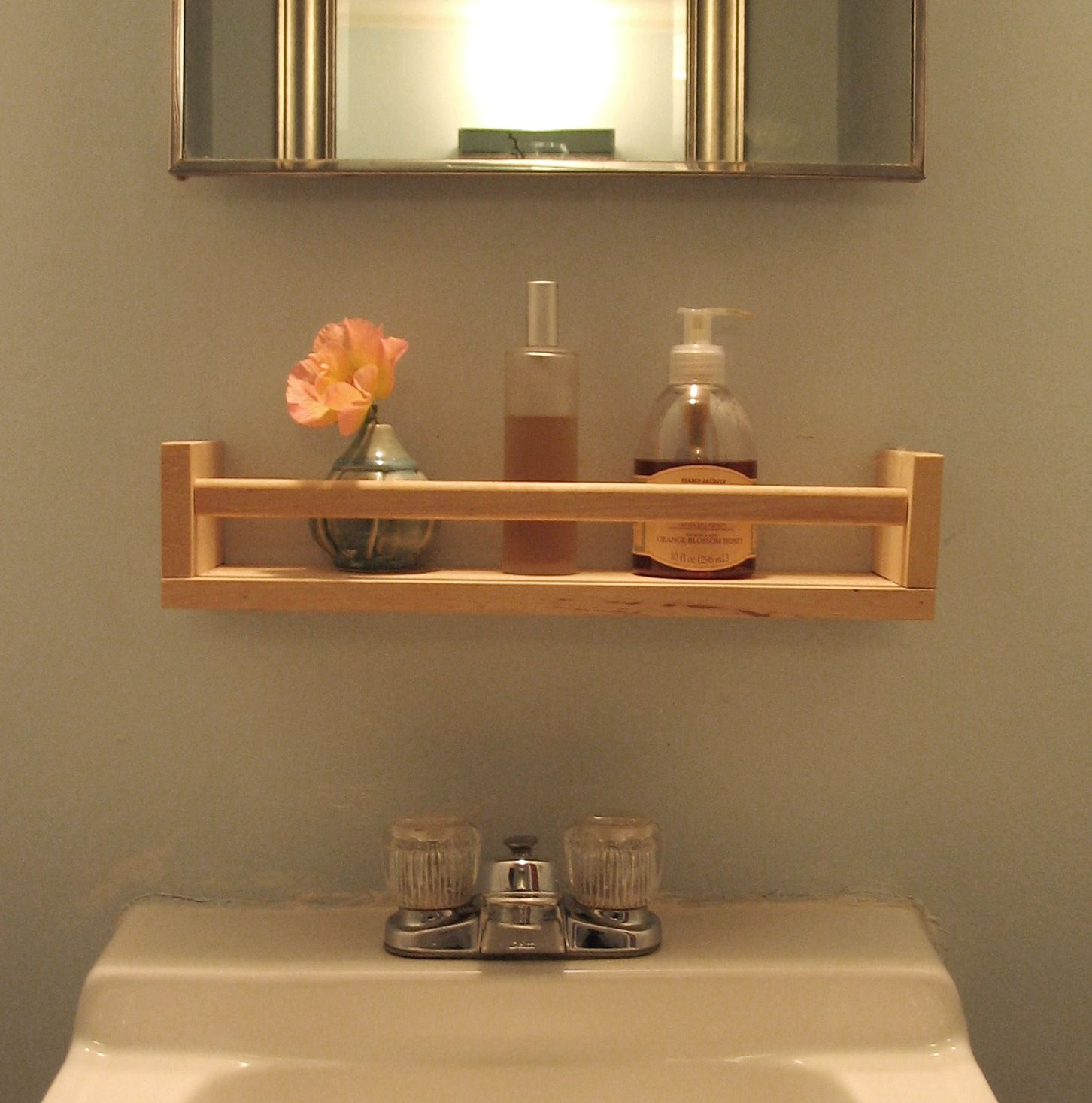 17 Diy Wooden Bathroom Shelves That You Can Make Just In One Day Bathroom Shelf Decor Diy Wooden Shelves Wooden Bathroom Shelves