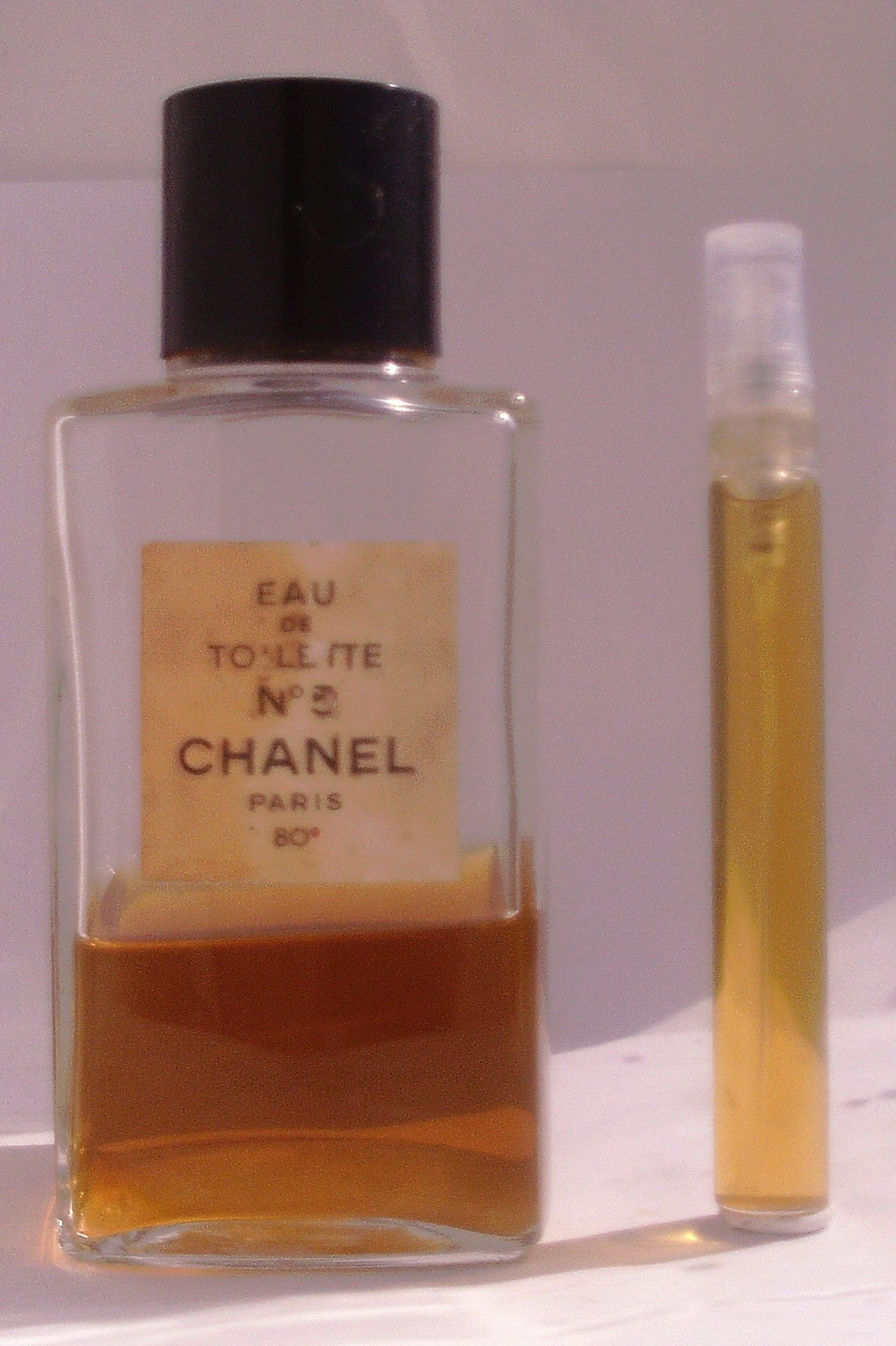Chanel No 5 Perfume Vintage Eau De Toilette 10ml Purse Size Atomizer Vial Spray By Philipcares On Etsy Vintage Perfume Travel Size Products Eau De Toilette