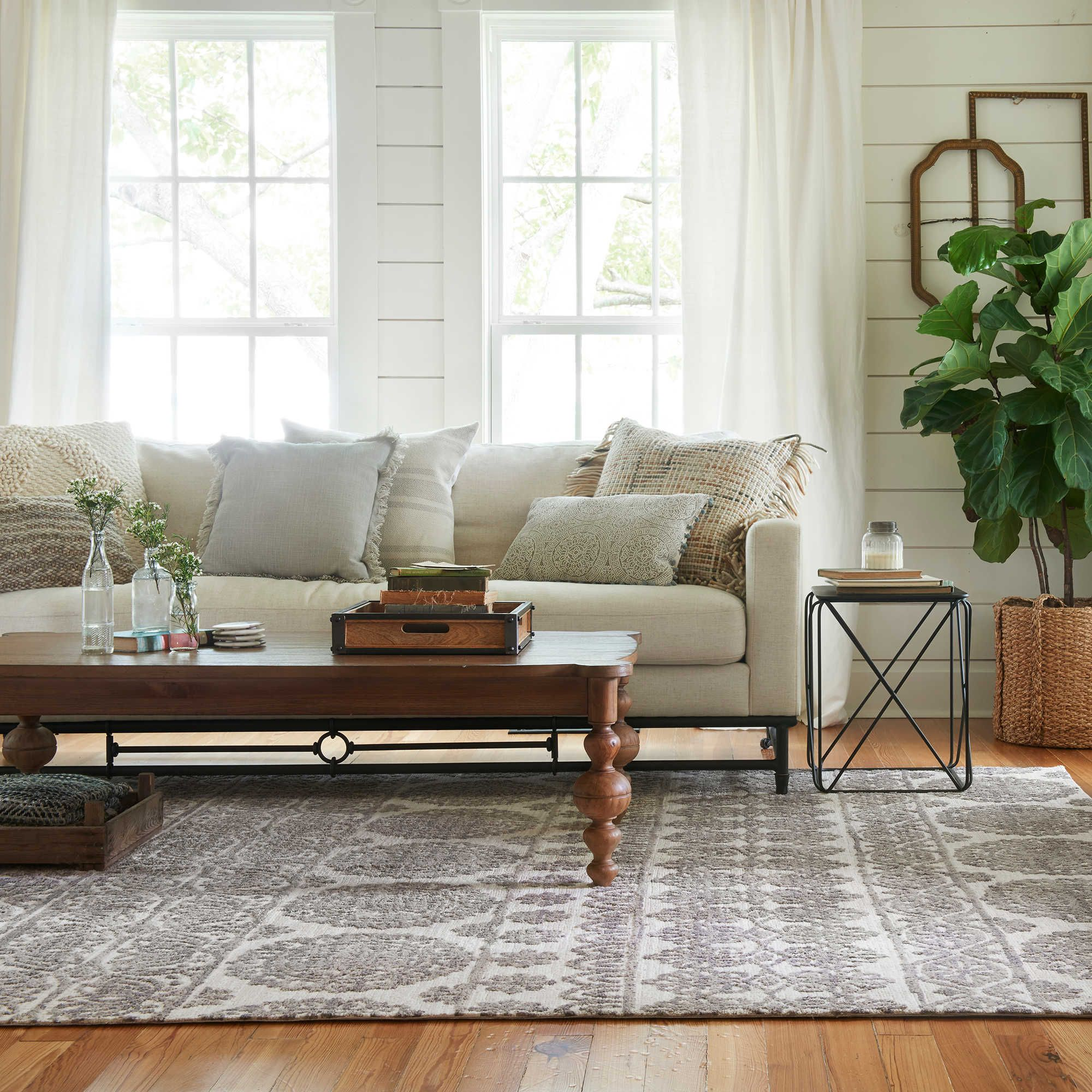 Magnolia Home By Joanna Gaines Lotus 2 3 X 3 9 Accent Rug In Ivory