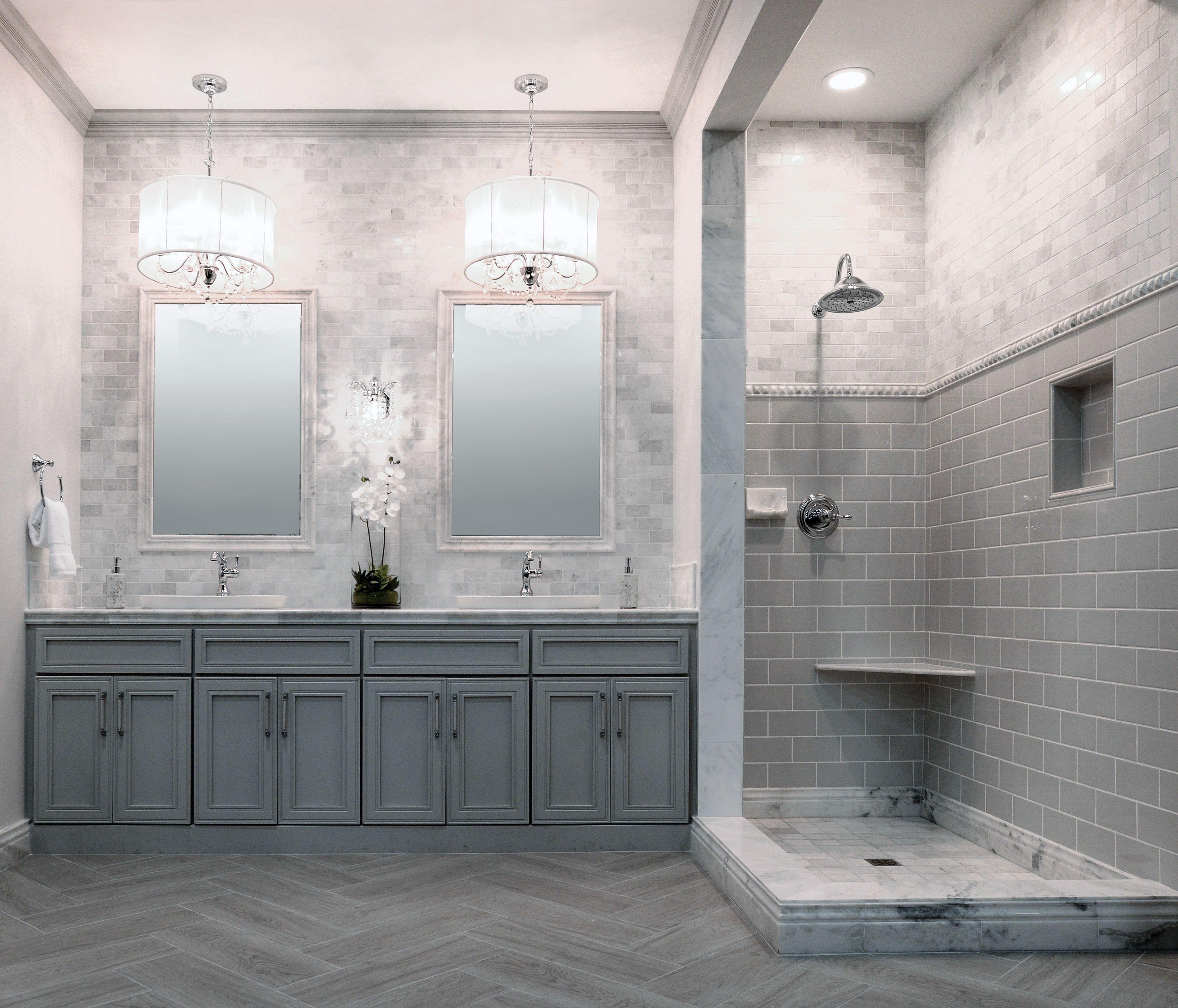 Elegant Bathroom Designs: Luxury Bathroom Design Ideas Displaying Elegant Chandelier