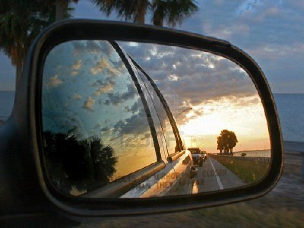Photography: CARS   mirror reflection   Car mirror, Cool