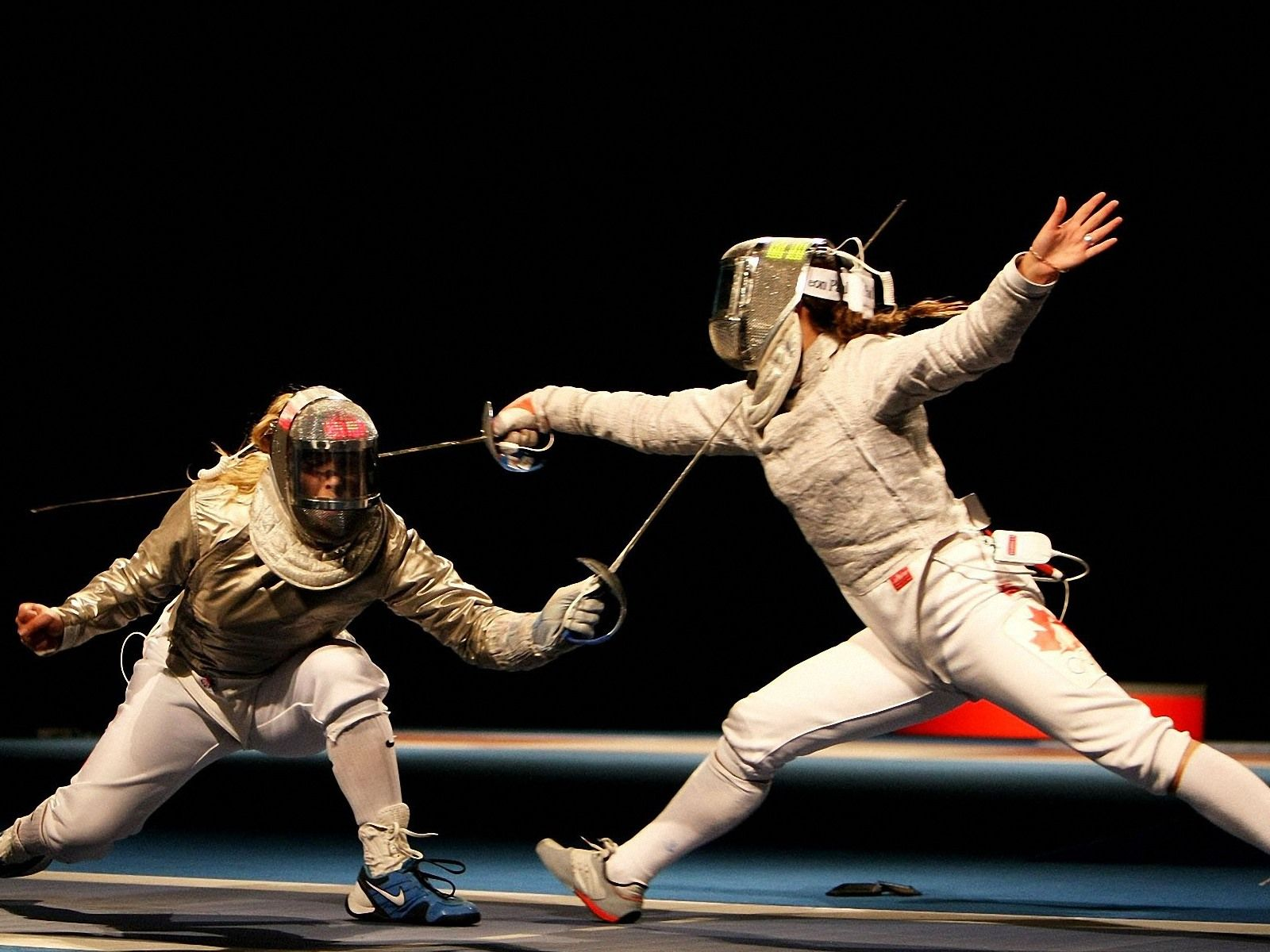 Fencing Women Fencing Wallpapers Hd Wallpapers 94002 Fencing Sport Women S Fencing Sports Images