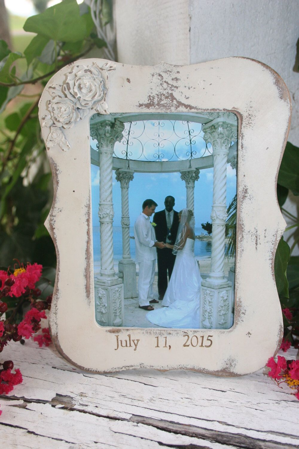 1 - Picture frame / 4 x 6 frames /  distressed frames / wood frames / personalized frames / personalized gifts / wedding gifts by RejuvenatedCreations on Etsy https://www.etsy.com/listing/243061589/1-picture-frame-4-x-6-frames-distressed