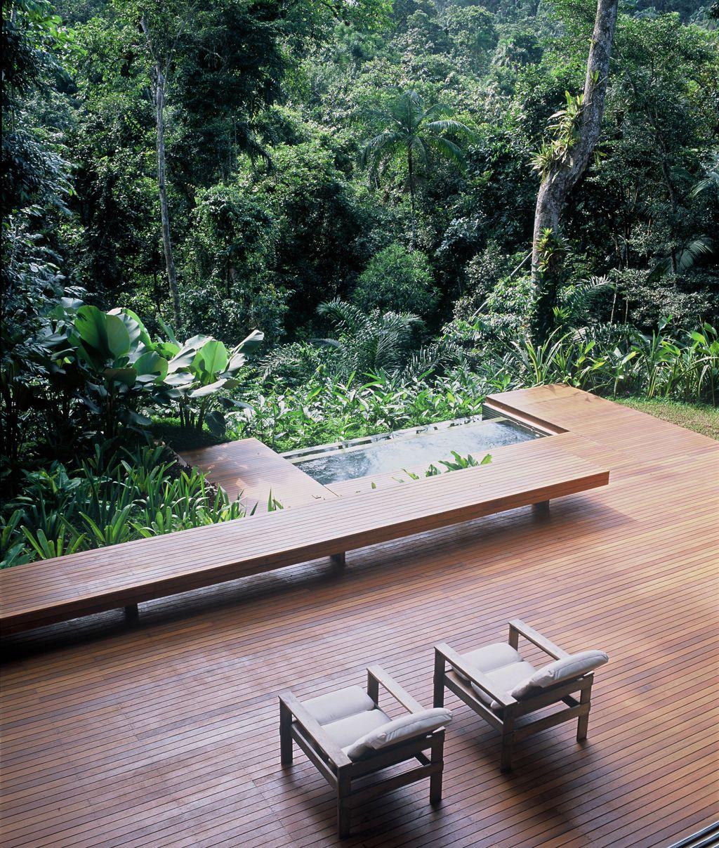 Adorei esse deck! Esse cenário é muito parecido com o que temos lá, inclusive a vegetação.