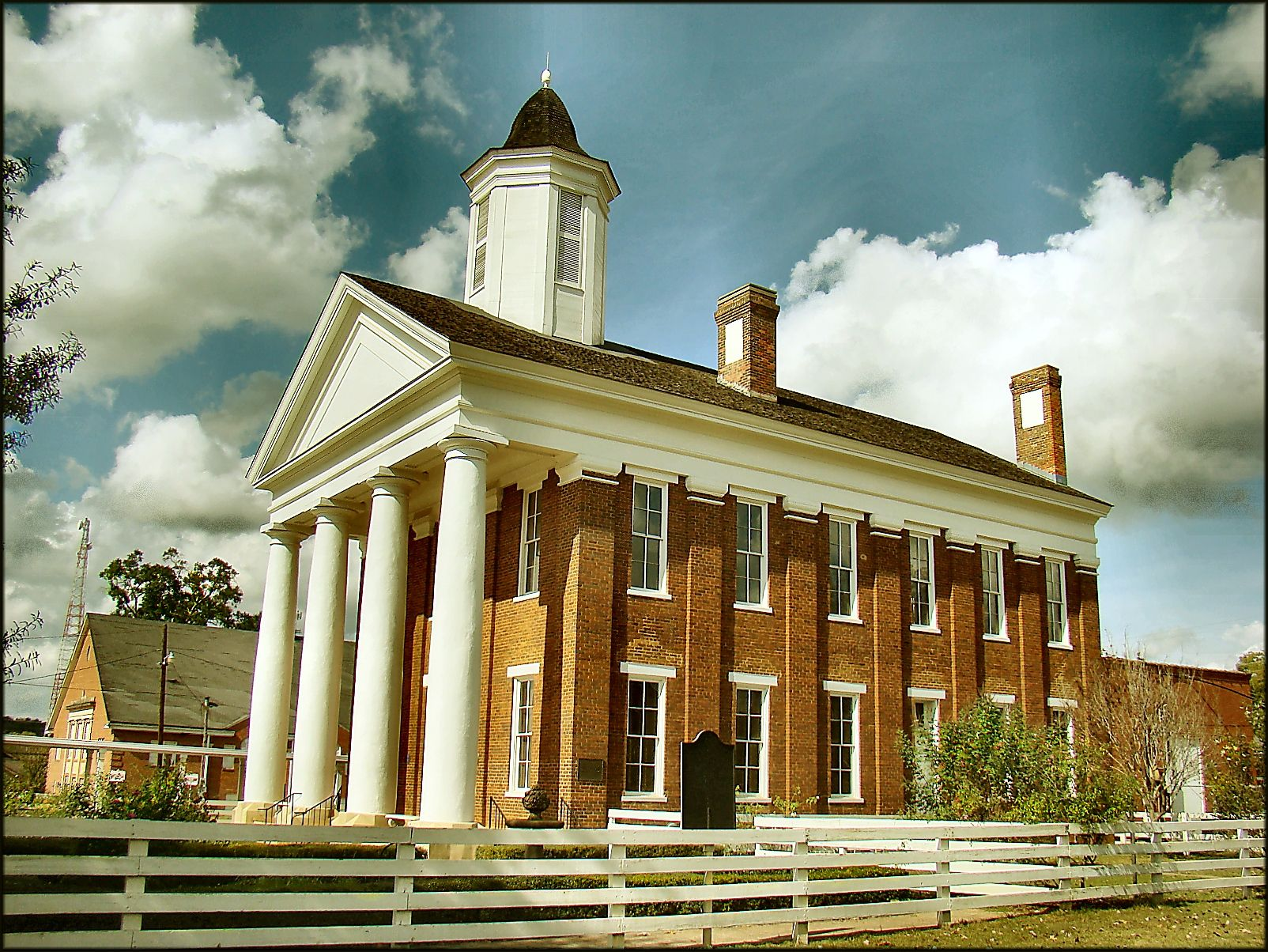 Picture Of The Old University Building In Nacogdoches Texas