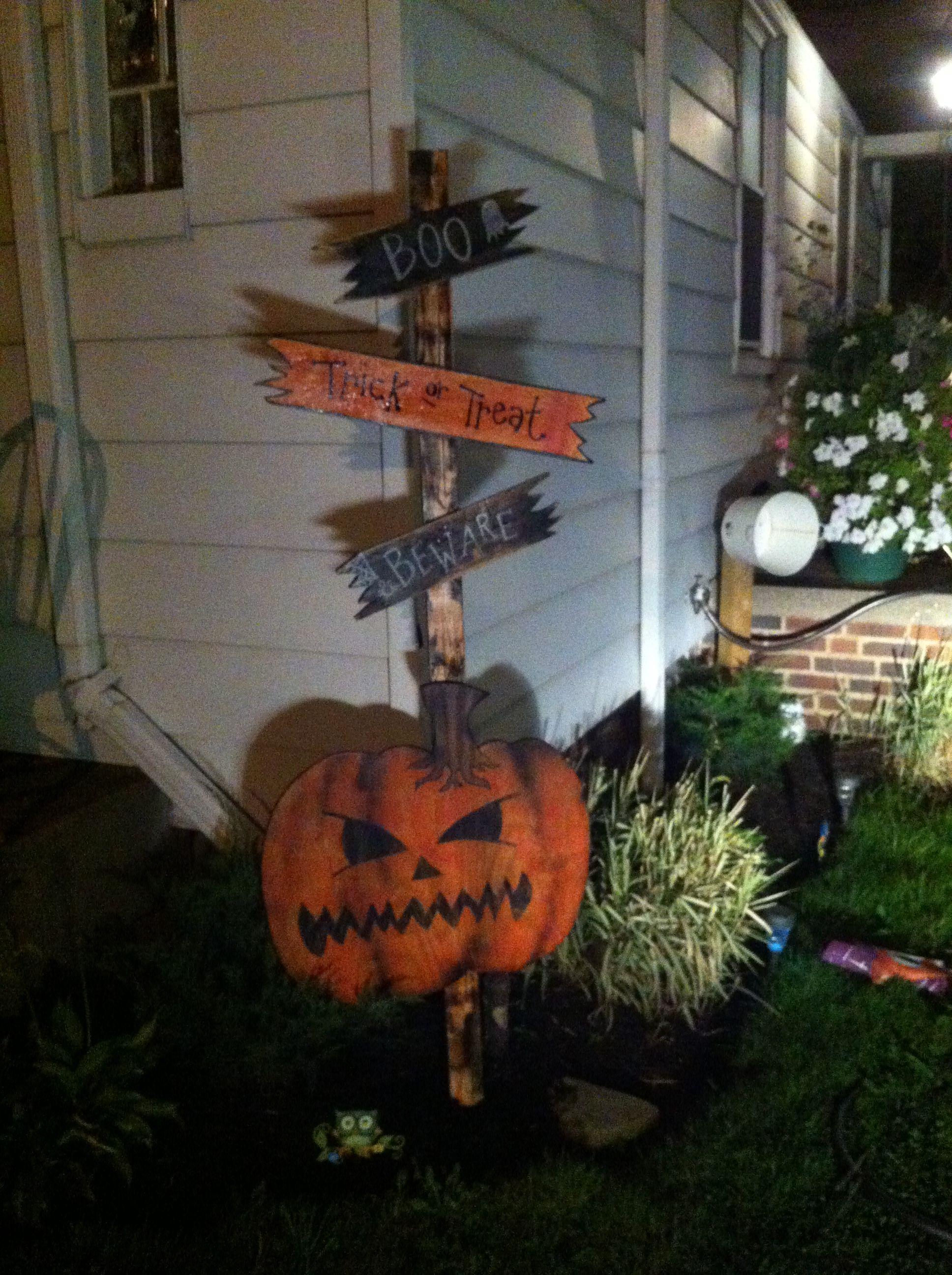 Diy Halloween Yard Signs Halloween Decorations Trick Or Treat Harvest Holidaydec Halloween Yard Decorations Halloween Yard Signs Halloween Crafts Decorations