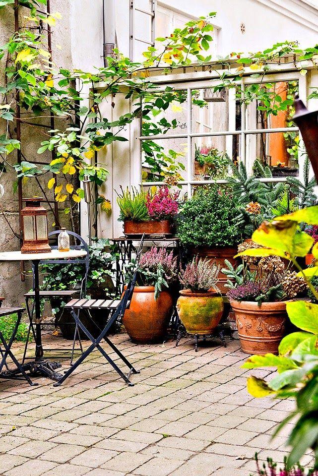 Virlova interiorismo home aire londinense con gran for Jardineria exterior con guijarros