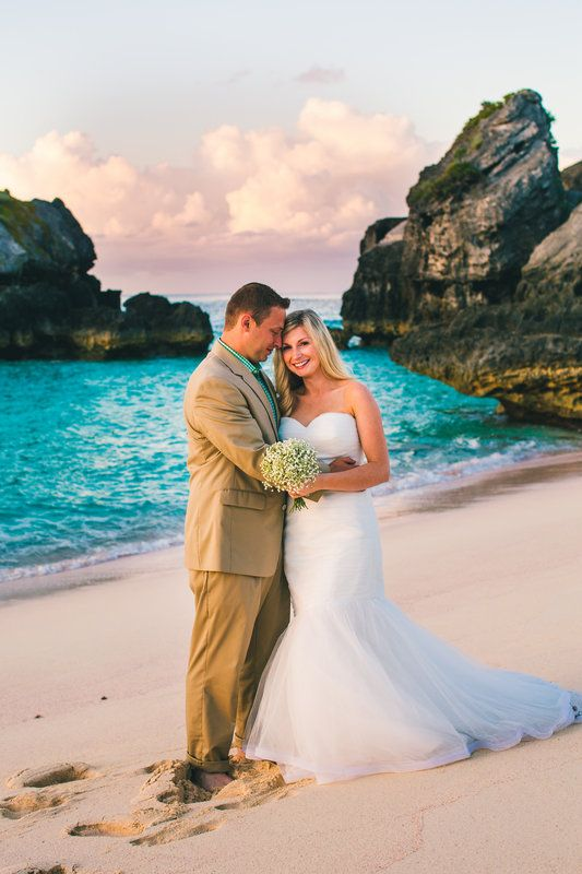 Day 1 Of Marriage Started Like This Bermuda Sunrise Destination Wedding Beach Elbow Jobsons Cove Photo By Perry Vaile
