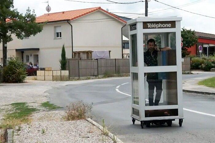 Cabina Telefonica : Artista realizza un vero u201cmobile phoneu201du2026 una cabina telefonica con