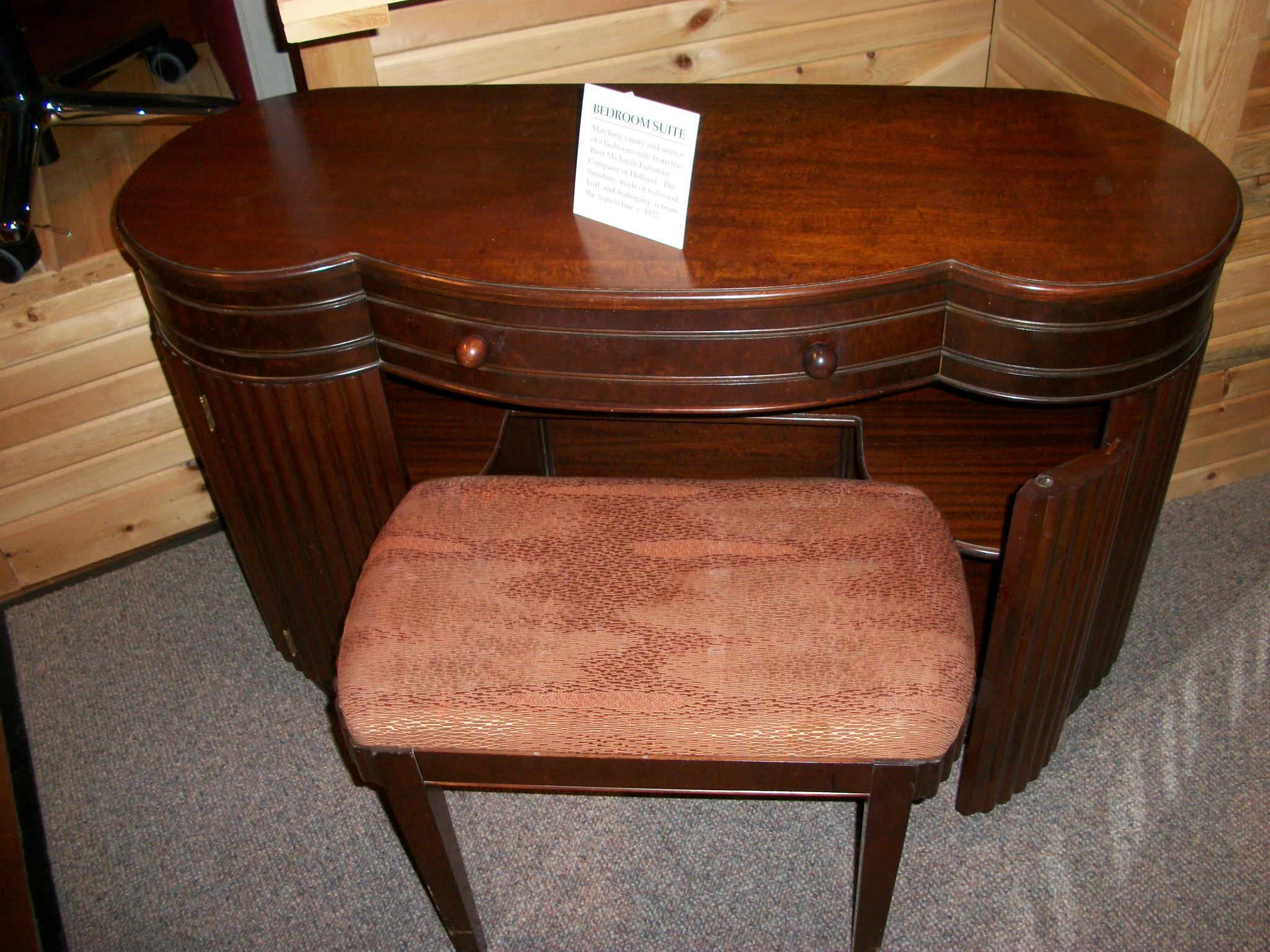 1992 40 2 3 Dressing Table And Bench West Michigan Furniture Company Ca 1927