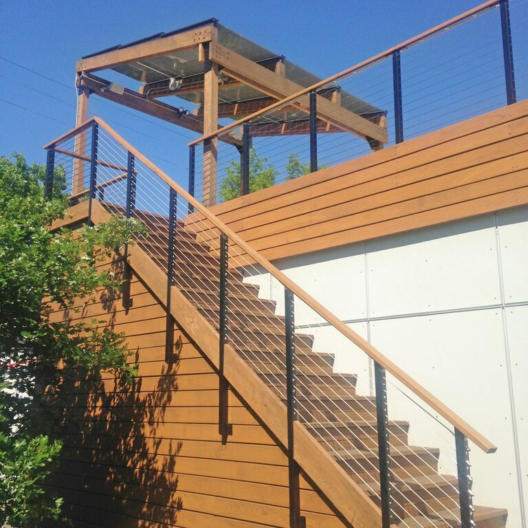 Rooftop Deck Railing With Black Aluminum Posts Cable