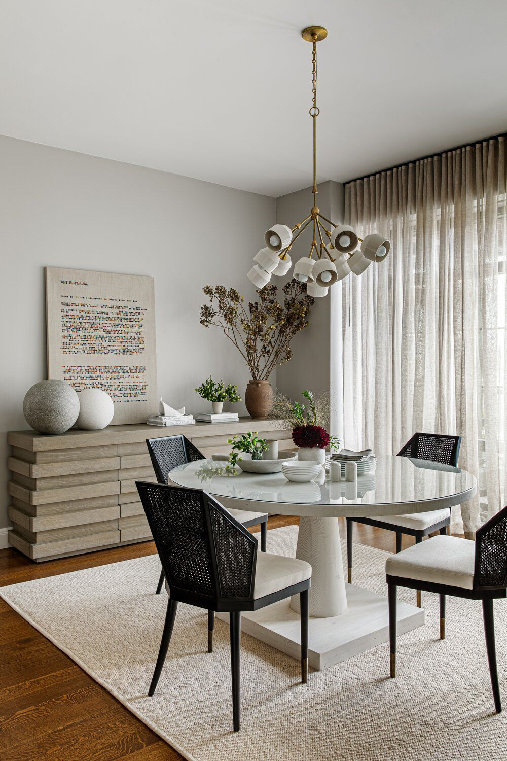 15 Soothing Paint Colors To Create A Calming Space In 2020 Dining Room Colors Dining Room Paint Dining Room Design #soothing #colors #for #living #room
