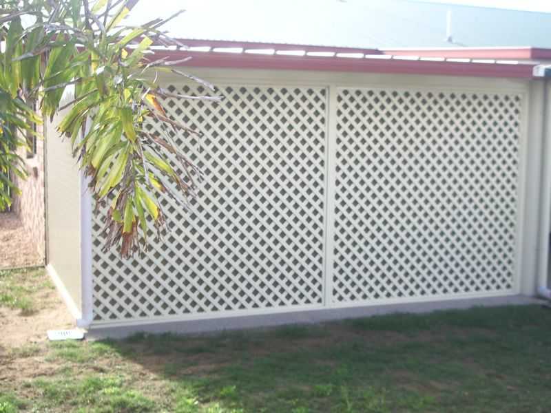Enclosing Carport With White Lattice Google Search Lattice Garden Carport Lattice