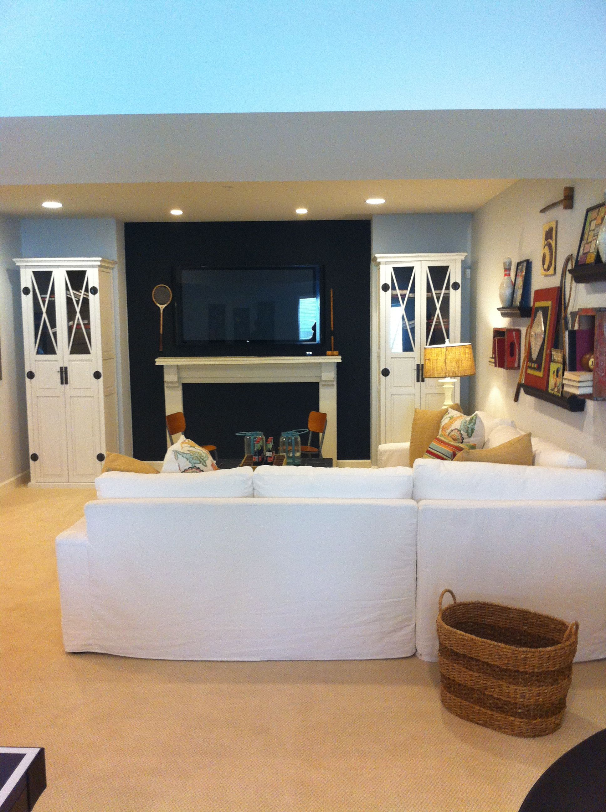 Basement Game Room Designs: Ultimate Family Game Room