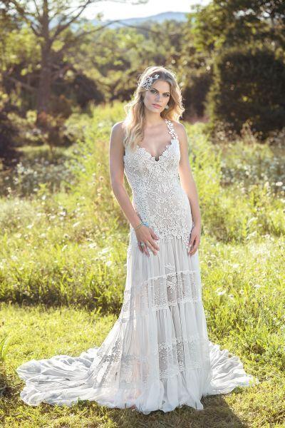 Brautkleid von Lilian West im romantischen Boho Vintage Stil ...