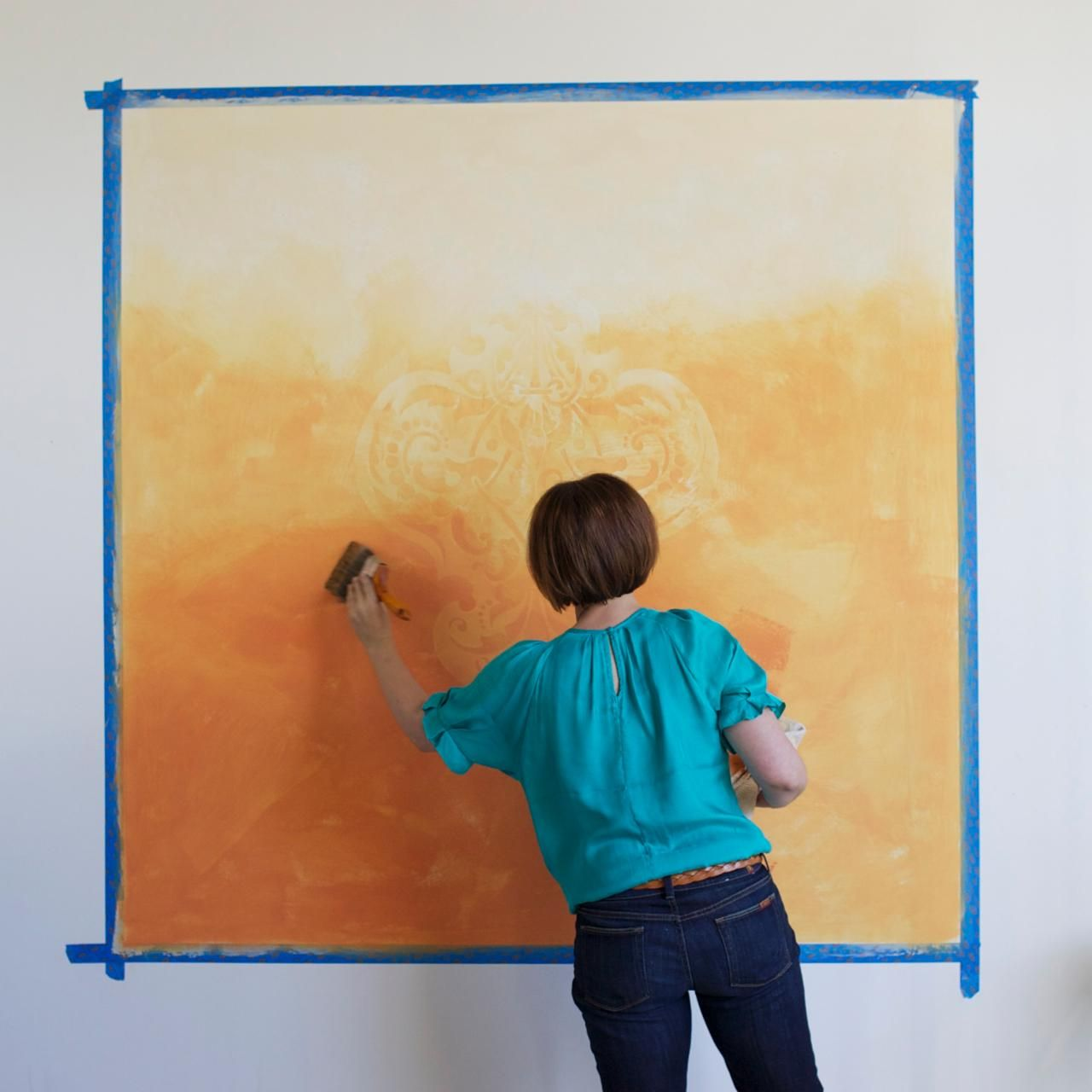 How to Paint an Ombre Stencil Wall Mural | Diy network, Ombre and Walls