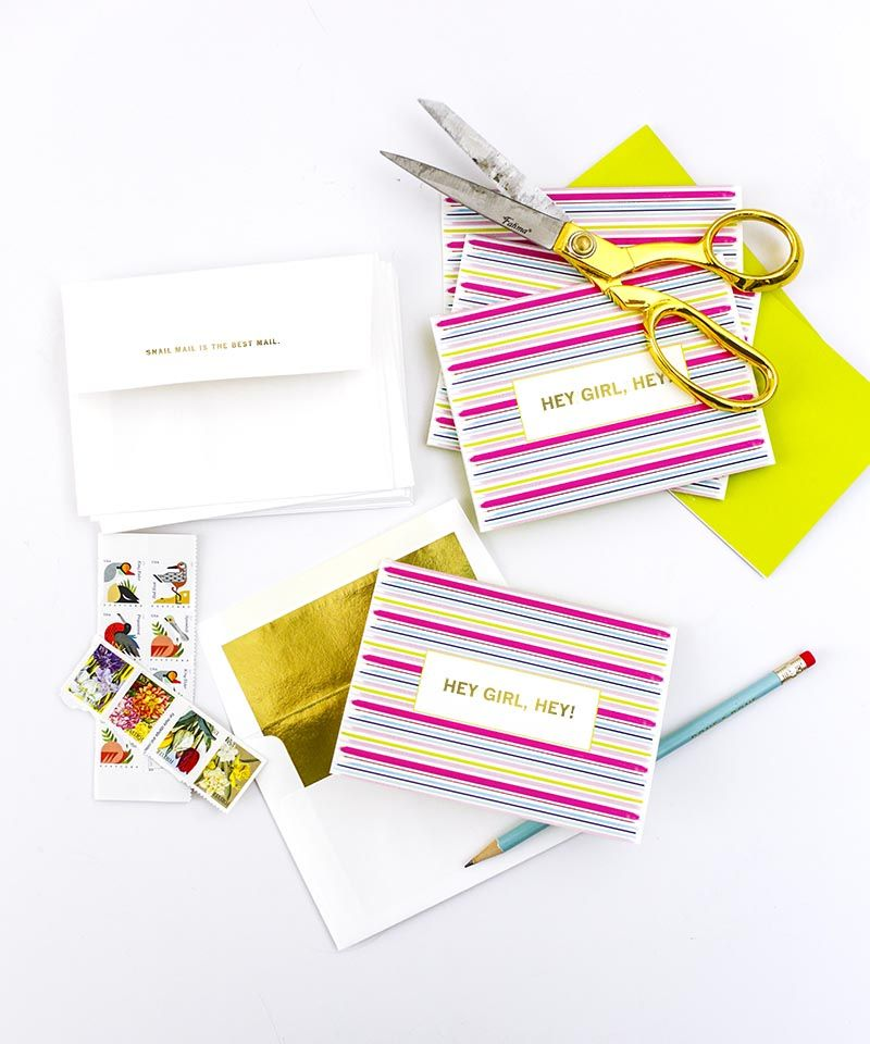 "Get 15% off of our boxed stationary sets! Use the code ""SNAILMAIL15"""