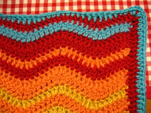 Attic 24\'s instructions to add a border to the neat ripple afghan ...