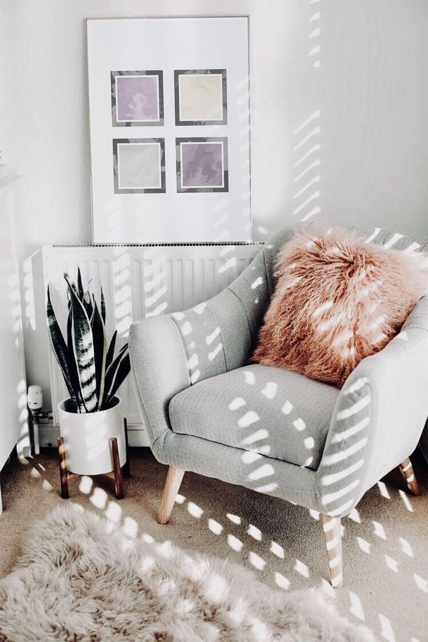 Photo of Svart og fiolette firkanter plakat, utskriftsvennlig innredning av hjemmet, geometrisk abstrakt plakat, minimalisme kunst