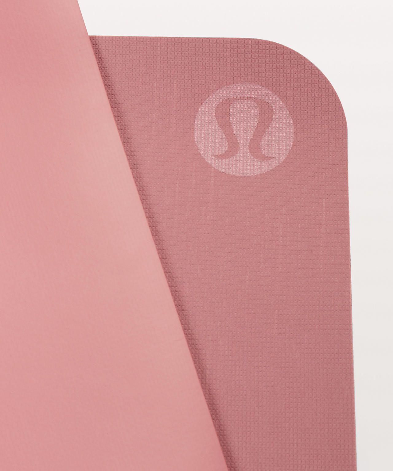 The Reversible Mat 5mm Women S Yoga Mats Yoga For Stress Relief Yoga Women Yoga Mat