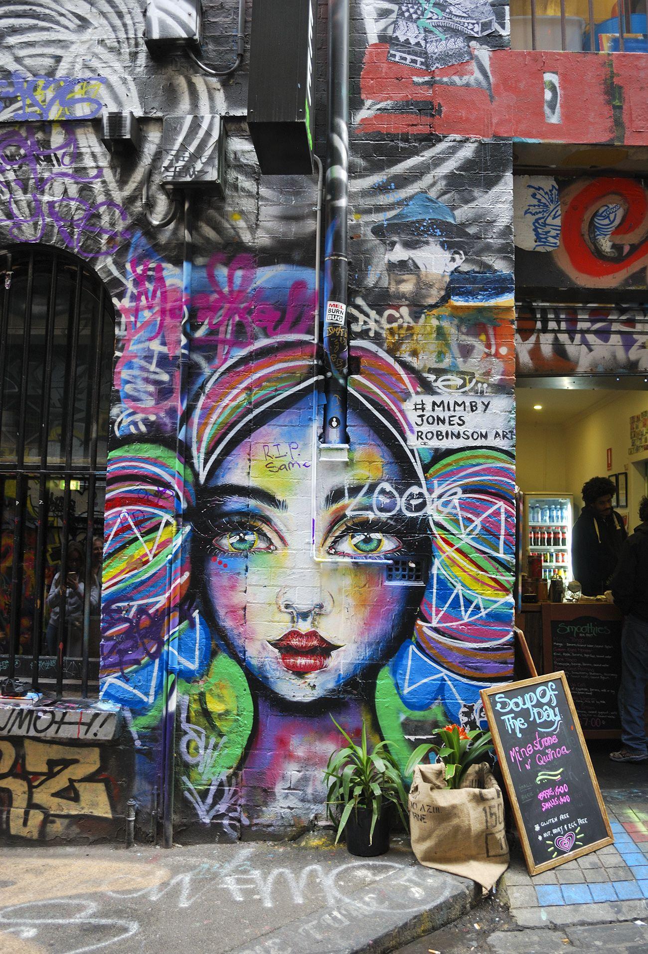 The Australia Series Honeymooners in Melbourne Street