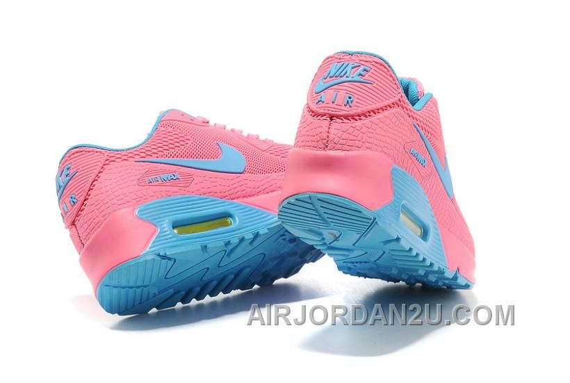 Nike women's running shoes are designed with innovative ...