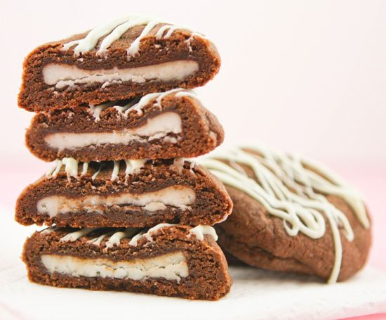 Pip & Ebby - Pip & Ebby - Double chocolate cookies with a peppermint pattysurprise