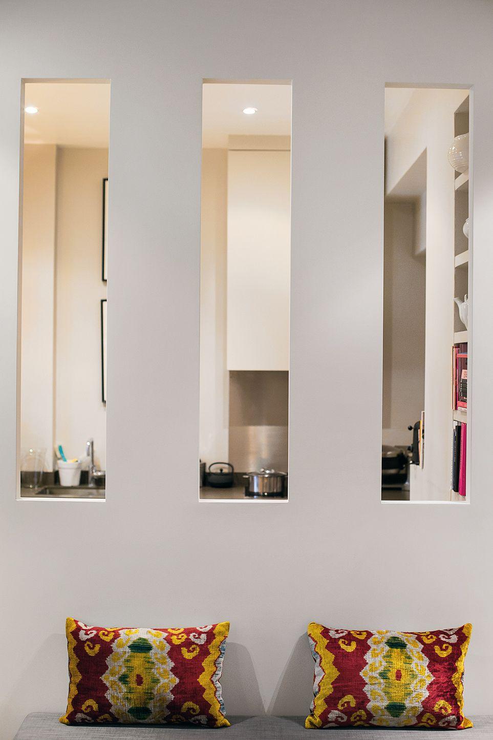 A Retro Inspired Parisian Apartment Deco Maison Interieur Decor Salon Maison Deco Entree Maison