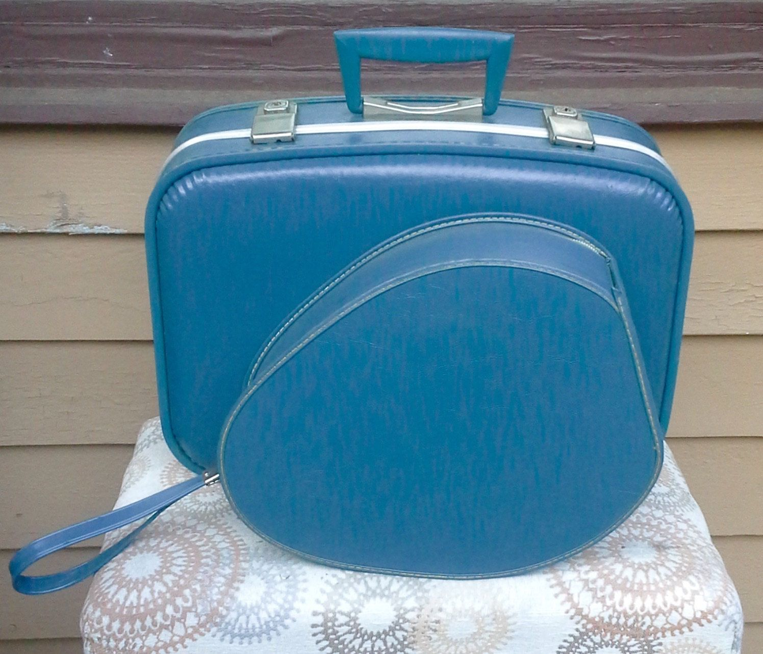 Vintage Blue Hard Shell Luggage Oval Train Case and Small Suitcase ...