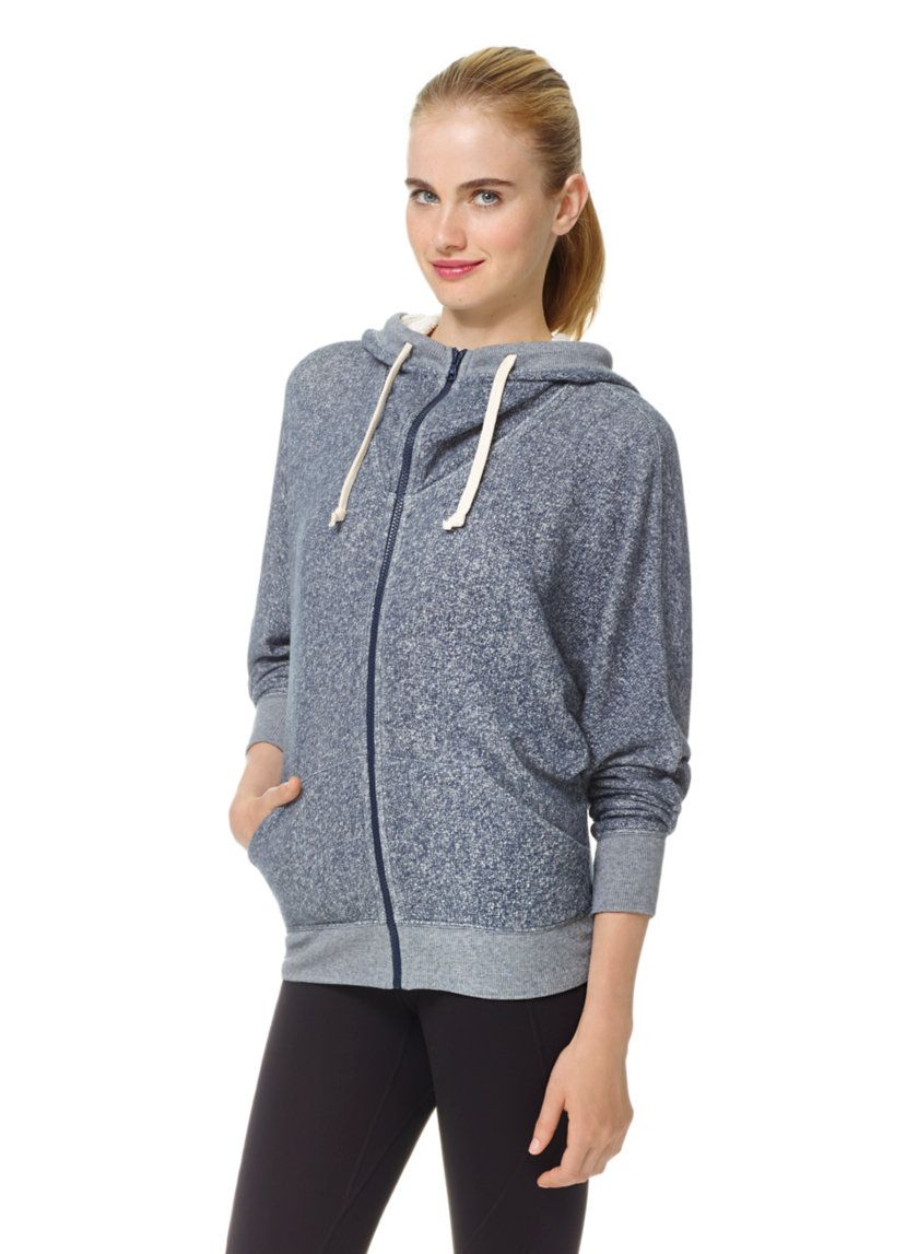 TNA HOOPER HOODIE - A modern cut and drapey fabric update the wear-everywhere hoodie