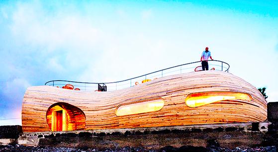 In Vino Viajas : Conheça o Cella Bar, o belíssimo wine-bar dos Açores, Portugal, que está atraindo visitantes, arquitetos e winelovers para o meio do Oceano Atlântico.