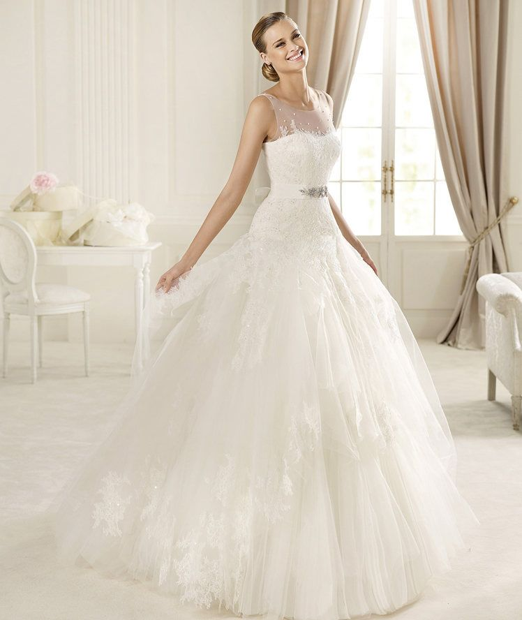 Honorable A-line Bateau Straps Beading Lace Sweep/Brush Train Tulle ...
