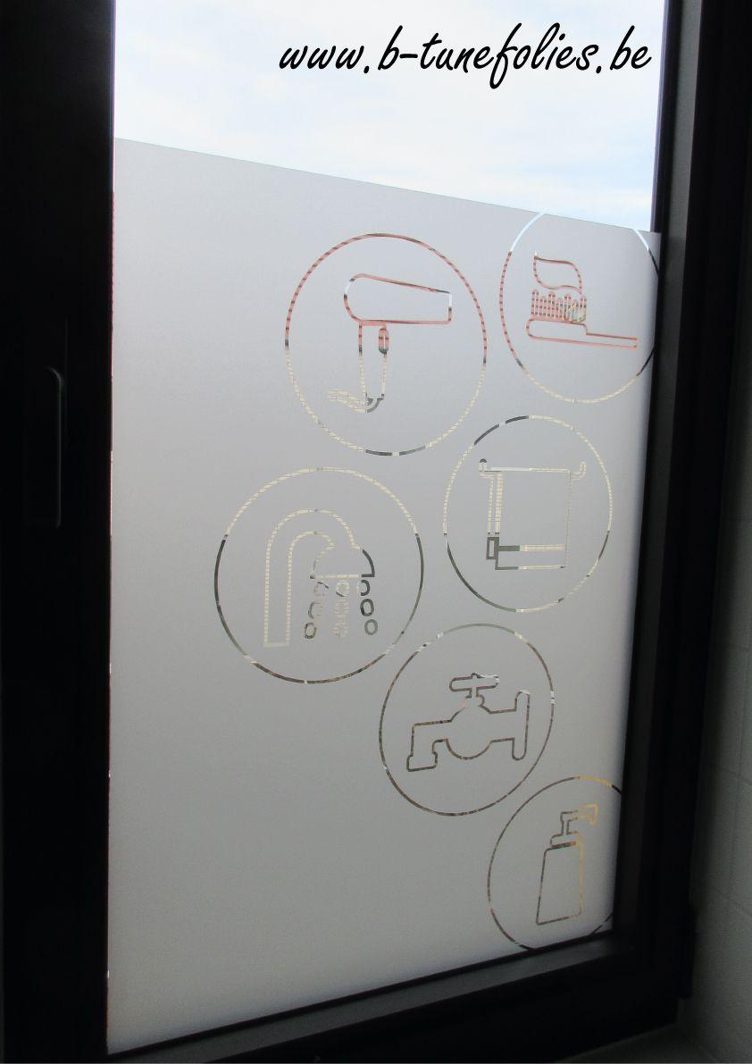 Badkamer raamfolie. Deze raamfolie heeft een zeer goede lijmlaag ...