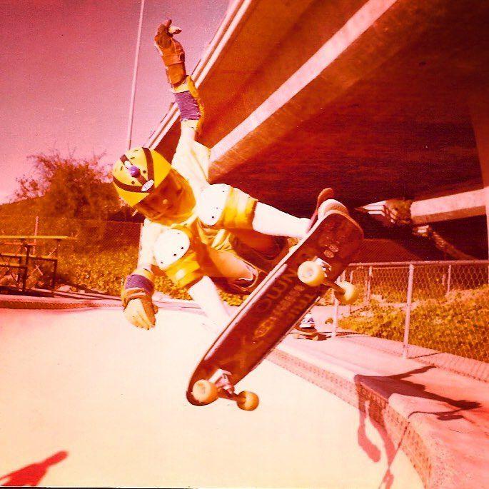 Tony Hawk. Fakie Ollie. Oasis skatepark.