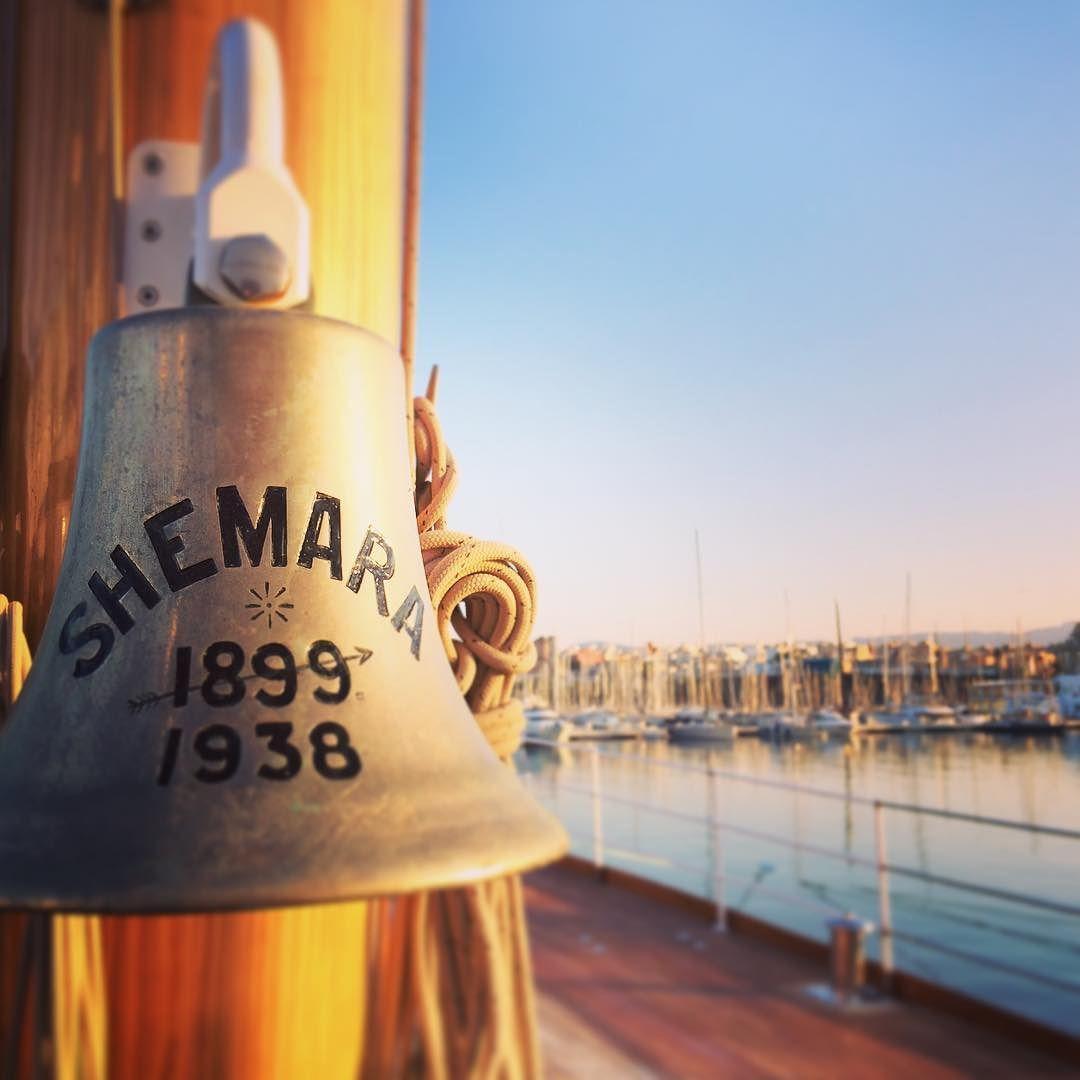 Sunrise stretching on the fore deck  #shemara #sunrise #stretching #exercise #running #10k #squats #superyacht #beaut #summer #feelingfine #feelinggood #1938 #classic #boat by amy__elizabeth_