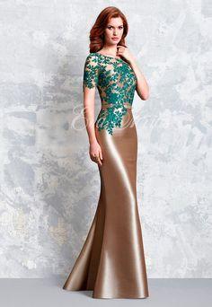 6e804daa13 Vestido de fiesta o madrina de Pepe Botella colección 2017 modelo 1151 en Eva  Novias Madrid calle Goya